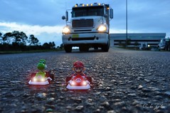 Mario Kart (Trucker Gloom) Tags: race big nikon mario racing rig kart wheeler 18 mariokart yoshi roadchubbs