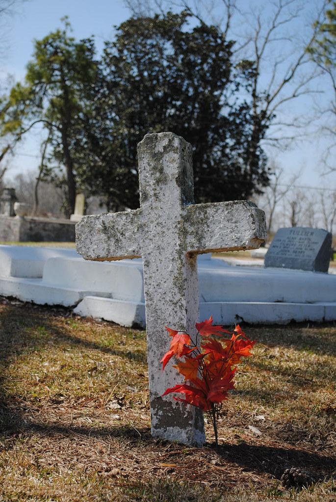 cross, st. raphael cemetery