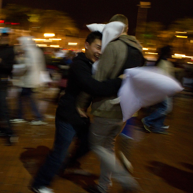 Valentine's Day Pillow Fight 2011: lateral