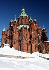 Uspenski cathedral in winter #2 (Sokleine (presently travelling)) Tags: winter snow architecture suomi finland helsinki cathedral hiver religion cathdrale neige tp orthodox redbrick backstein uspenski finlande briquesrouges