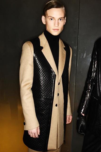 Alexander Johansson3252_FW11_Milan_Versace(sonny)