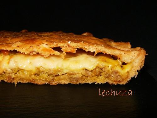 Empanada carne y queso-corte