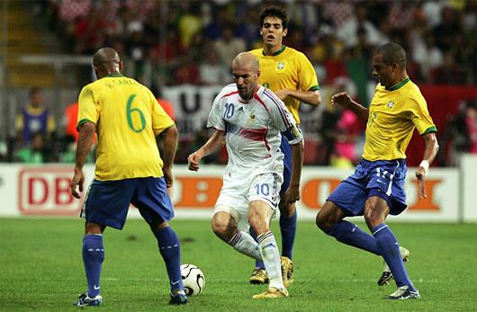 Zidane, entre humain et divin (France – Brésil 2006)
