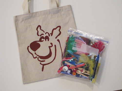 Stenciled Scooby & Craft Kit