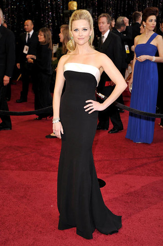 Reese Witherspoon at Oscars 2011