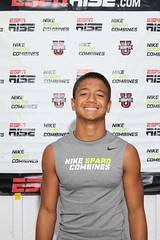 NIKE SPARQ COMBINES_Hawaii 2011 (Student Sports) Tags: training hawaii football unitedstates honolulu gatorade ncsa combines xenith nikefootball 53572 espnrise honolulunikesparqcombine nikesparqcombine
