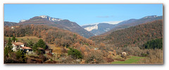 Paysage du Vercors (afer92 (on and off)) Tags: panorama france hiver bleu provence vercors drome 2010 valon dromeprovencale beaufortsurgervanne parcrgionalnaturelduvercors