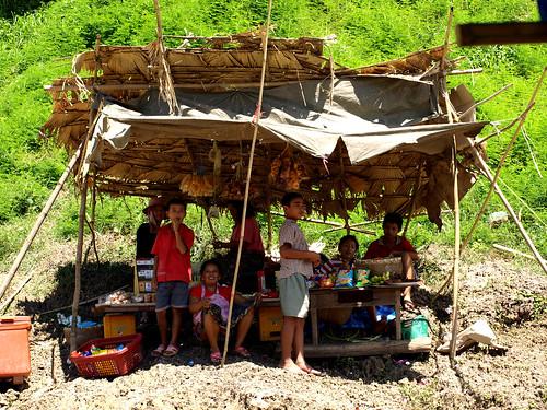 Mekong - puesto en la orilla