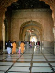Right side entrance way (Qaseem Ahmad) Tags: pakistan classic tourism march nice nikon shot coolpix punjab period lahore masjid shahi mughal mehrab