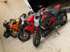 The Stable in Line (ZDistrict) Tags: sport garage bikes ktm bmw kuwait ducati supersport superbikes 1198 1098 k1200r rc8 1098s carbonred diavel
