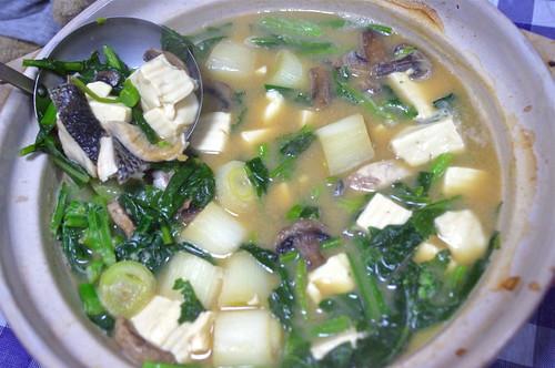鱸と柿菜の味噌鍋