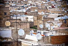 TV (marjanvanthielen) Tags: roof rooftop tv satellite roofs marocco
