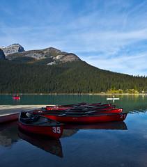 Kayaks (Bob Nastasi) Tags: kayaks lakelouise canada canadianrockies banff bobnastasi d800e