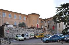 Apt - L'Ecole du Sacr coeur (2011 01 19) (filoer) Tags: france villages tourisme villes vaucluse lubron filoer