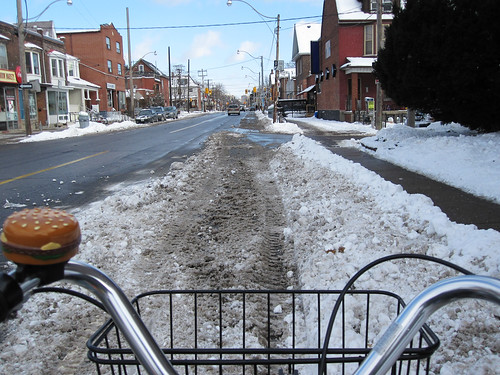 no bike lanes on harbord