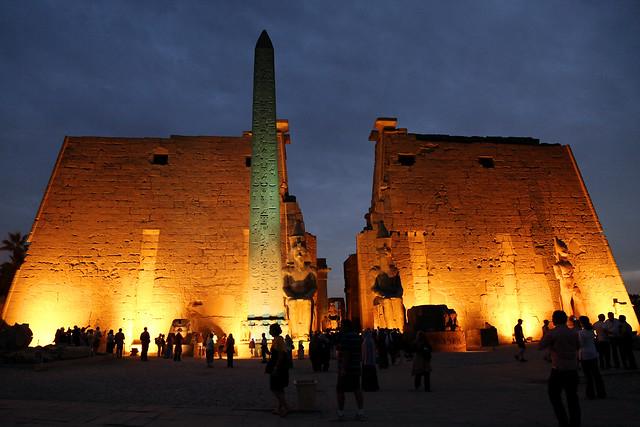 エジプト ルクソール神殿入口