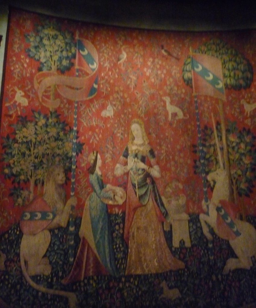 lady and the unicorn tapestry 3