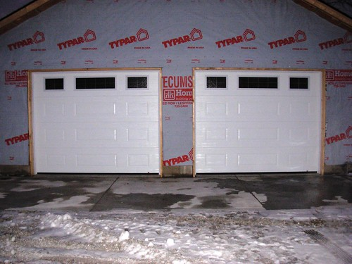 Local Garage Door Installations Windsor Essex Tecumseh