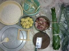 Chuẩn bị nguyên liệu làm bánh chưng
