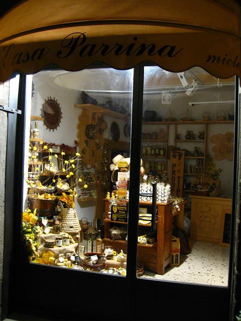オルヴィエートの店舗のフリー写真素材