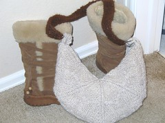Made to match boots (swamps42) Tags: alpaca felted bag moss knitting iron stitch linen knit cable purse knitted gusset lined purl crafter shoulderstrap seamed decrease ironcraft ic6