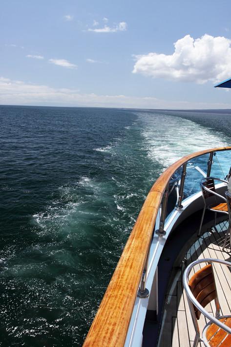 012911_boat01