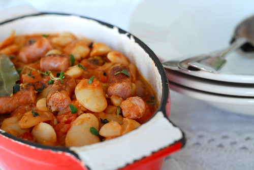 bean stew with sausages/oahautis toorvorstidega