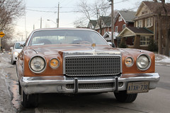 Chrysler Cordoba (Canadian Pacific) Tags: auto old brown toronto ontario canada color colour classic car vintage automobile canadian caramel american cordoba colored chrysler 1970s coloured