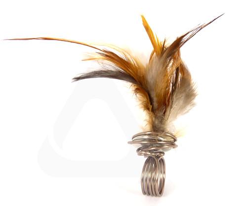 Anillo plumas