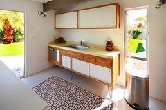 Original kitchen cabinets (Chimay Bleue) Tags: ranch vacation home kitchen modern club board modernism palmer palm springs alexander atomic peg cabinets racquet midcentury postwar pegboard krisel