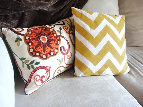 DIY painters tape chevron design pillow
