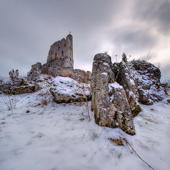 Mirów (Mariusz Petelicki) Tags: snow castle rock jura hdr zamek mirów vertorama mariuszpetelicki