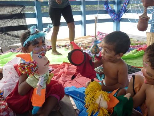 Mutirão de Amor à Leitura na Foz do Rio Macacoari