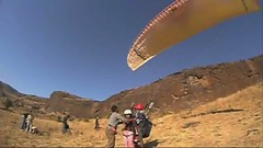 Tandem at Shelar... (Yazed RD350 Lord) Tags: ride rides tandem paragliding kamshet shelar x170