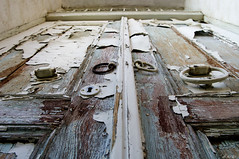 ....    ....... (Zopidis Lefteris) Tags: door abandoned hellas greece oldtown abandonment oldcity allrightsreserved thrace  xanthi thraki ksanthi   photographerzopidislefteris allphotosarecopyrightedbyzopidislefteris  copyright