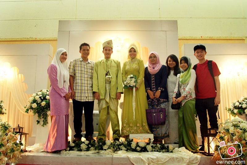 CHE-AZAHAR'S-WEDDING-MARCH-2011-TMN-IBU-KOTA