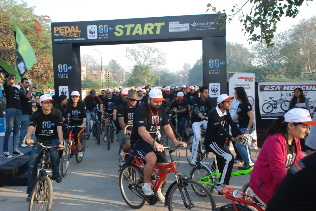 Corporates, schools and colleges begin their ride for Earth Hour 2010
