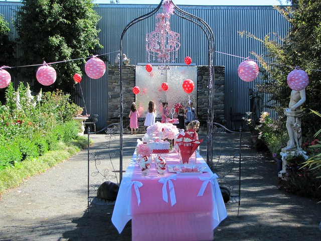 Pink, white and red birthday party