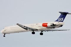 Scandinavian Airlines - SAS - LN-RMO - McDonnell Douglas MD-81 (DC-9-81) (Oscar von Bonsdorff) Tags: sas scandinavianairlines sk sk1412 unitedairlines ua ua9418 lufthansa lh lh6282 blue1 kf kf5317 staralliance codeshare continentalairlines co co8355 aircanada ac ac6025 lnrmo bergljotviking mcdonnelldouglasmd80 md80 mcdonnelldouglas msn53315 sweden scandinavian scandinavianairsystem md82 ln1947 serialnumber53315ln1947 pw jt8d217c cph ekch copenhagen kastrup denmark gettyimagesfinlandq1 nordicflight 22l canon xsi photographing 450d oscarvonbonsdorff studio pro canonef100400mmf4556lisusm canon100400 canonis100400 canon100400l 100400l canonefl canon100400isusm 100400f4556l canonf45l efhk hel helsinkivantaa helsinki vantaa finland finnland suomi fin douglasmd80 dc981 dc9 md81
