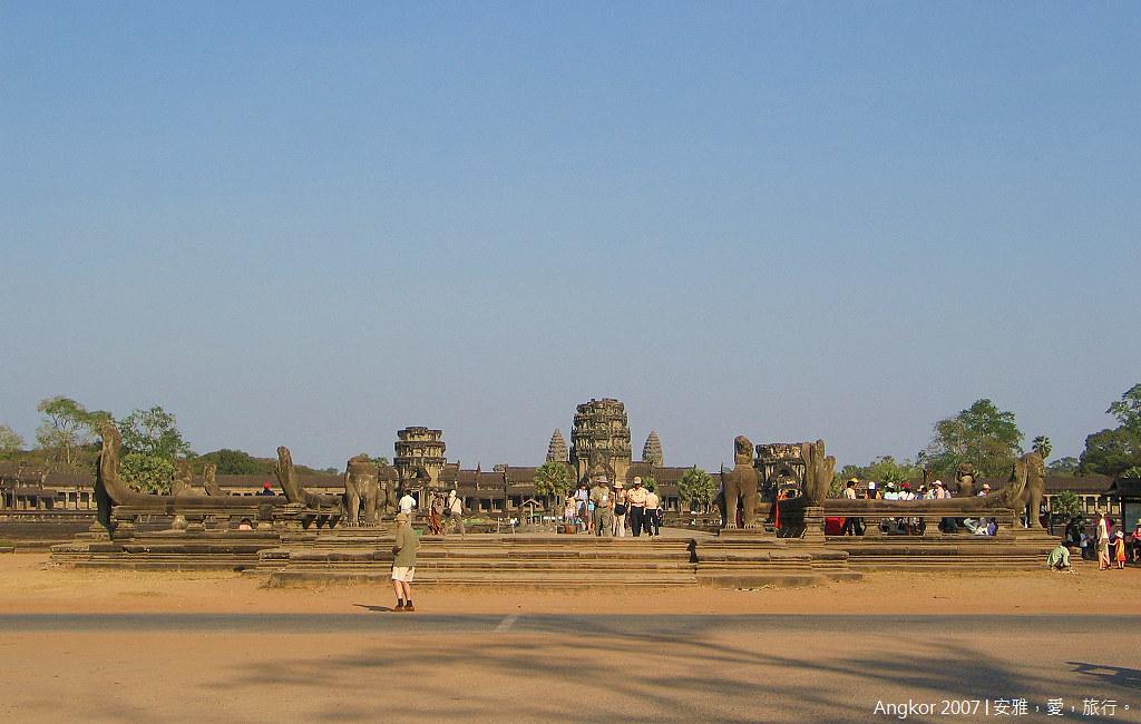 柬埔寨 吳哥窟 │ 小吳哥寺(Angkor Wat)的絕代風華。(一)