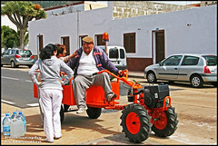 The Good Ladies of Tenerife Love their Water-Man (Dysartian) Tags: vacation orange smiling spain village espana tenerife putput santiagodelteide thecanaryislands thewaterman dysartian photographybydysartian