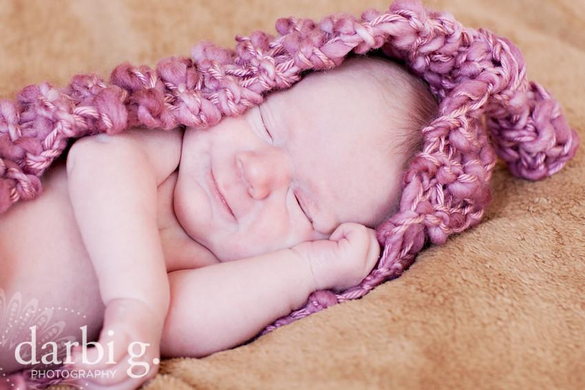 DarbiGPhotography-Kansas City newborn photographer-031511-MY-107