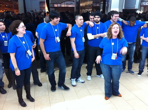 Pep talk from the Apple store team