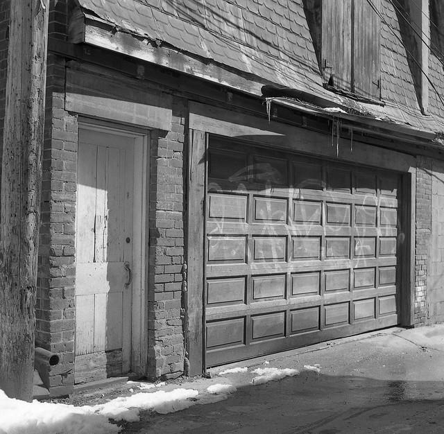 Alleyway Garage
