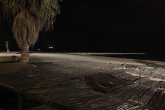 stand tall (AneMD) Tags: naturaleza history beach nature night lights luces noche arquitectura playa malaga historia alcazaba arquitecture gibralfaro