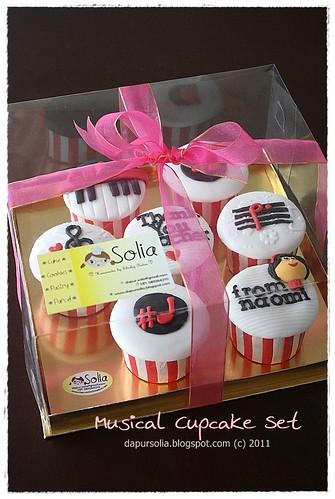 Musical Cupcake Set