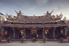 Taipei Baoan Temple (EricP2x) Tags: taiwan taipei taipeiview taipeiicons taipeilandmark taipeiphotography temple architecture sony a7 sonya7 photography urbanity urbanphotography urbanlandscape cityskyline cityscape cityphotography urbanview urban traditionalarchitecture asia