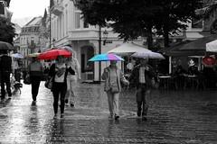 Walking in the rain (Niwi1) Tags: germany outdoor regen schirm rain raining umbrella walking street people wet regenschirm nikon niwi1