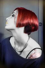 [フリー画像] 人物, 女性, ショートヘア, 横顔, 201101300500