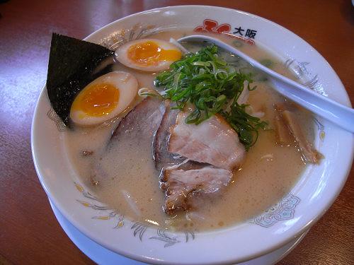 キムチ無料のお得感『大阪ふくちぁんラーメン』@神殿町
